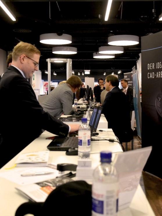 Begleitet wird der internationale Kongress Industry-Forum zusätzlich durch eine Fachausstellung und ein Abendevent am 15. März 2017.