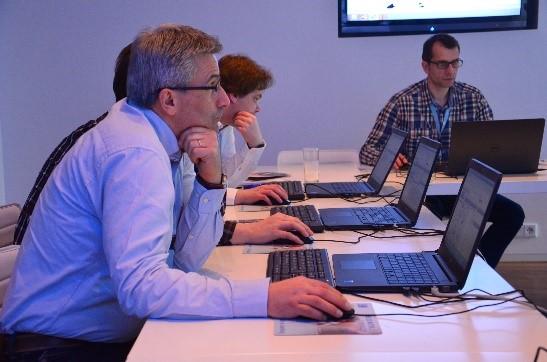 Anwendungsorientierte Workshops mit strukturierten Anleitungen für den Einsatz der CADENAS Softwarelösungen im Arbeitsalltag.